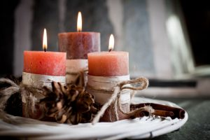 candle burning safety tips
