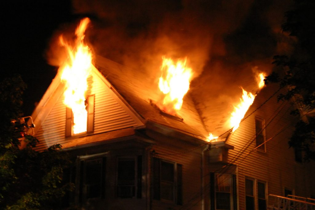 fire damage minneapolis, smoke cleanup minneapolis, soot removal minneapolis